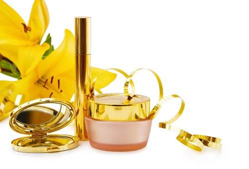 Quels dangers à utiliser des cosmétiques classiques?
