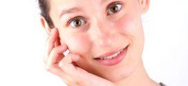 Femme avec une Peau à la Diète