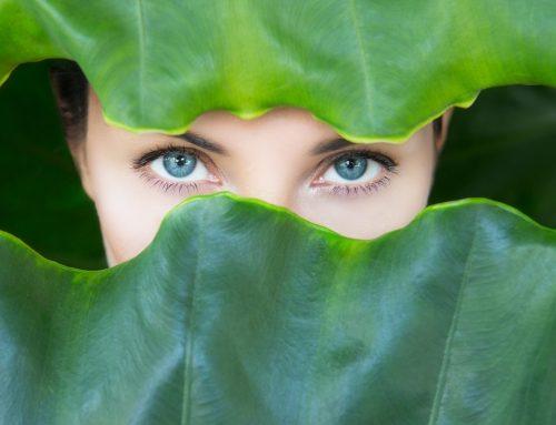 Comment se débarrasser des cernes et poches sous les yeux?