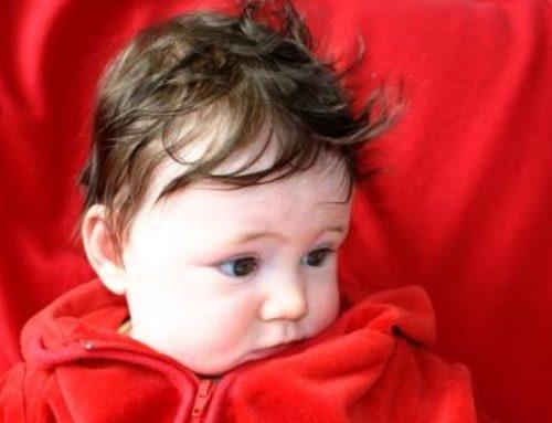 L'Acné du nourrisson : comment prendre soin de la peau de son bébé ?