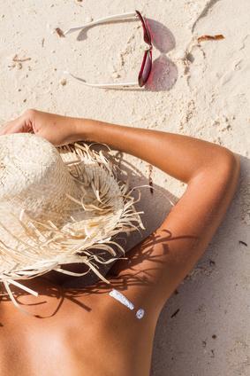 Bronzage anti coup de soleil oleassence en luberon - Comment transformer un coup de soleil en bronzage ...