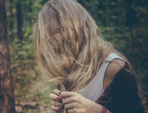 Comment hydrater ses cheveux naturellement ?